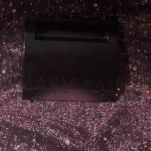 MaryKay compact